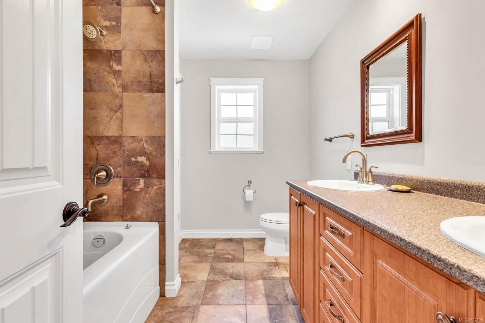 Photo 23: Photos: 375 Butchers Rd in : CV Comox (Town of) House for sale (Comox Valley)  : MLS®# 882495