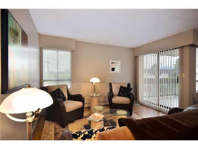 Main Photo: 103 215 N TEMPLETON Drive in Vancouver: Hastings Condo for sale (Vancouver East)  : MLS®# V924777