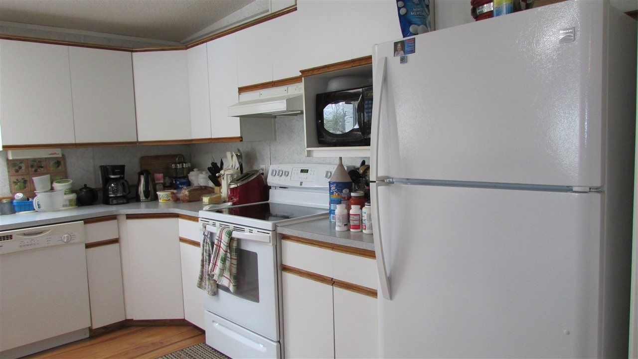 """Photo 7: Photos: 11141 BEATTIE Drive: Hudsons Hope Manufactured Home for sale in """"HUDSONS HOPE"""" (Fort St. John (Zone 60))  : MLS®# R2511397"""
