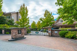 "Photo 3: 54 BEACH Drive: Furry Creek Townhouse for sale in ""Oliver's Landing"" (West Vancouver)  : MLS®# R2561672"