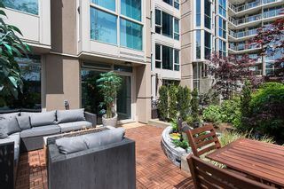 """Photo 3: 106 1338 HOMER Street in Vancouver: Yaletown Condo for sale in """"GOVERNOR'S VILLA"""" (Vancouver West)  : MLS®# V1065640"""