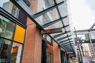 "Photo 2: 2008 108 W CORDOVA Street in Vancouver: Downtown VW Condo for sale in ""WOODWARDS"" (Vancouver West)  : MLS®# R2537299"