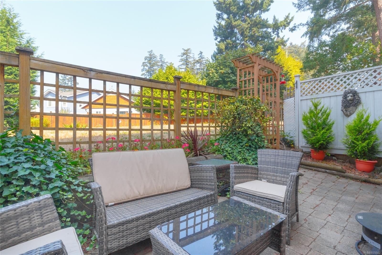 Photo 24: Photos: 52 14 Erskine Lane in : VR Hospital Row/Townhouse for sale (View Royal)  : MLS®# 855642