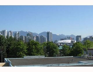 "Photo 9: 307 777 W 7TH Avenue in Vancouver: Fairview VW Condo for sale in ""777"" (Vancouver West)  : MLS®# V722642"