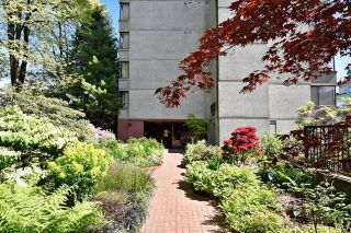 "Photo 13: 402 1616 W 13TH Avenue in Vancouver: Fairview VW Condo for sale in ""GRANVILLE GARDENS"" (Vancouver West)  : MLS®# R2058683"