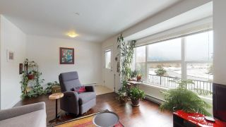 """Photo 7: 2 1204 MAIN Street in Squamish: Downtown SQ Townhouse for sale in """"Aqua"""" : MLS®# R2343310"""