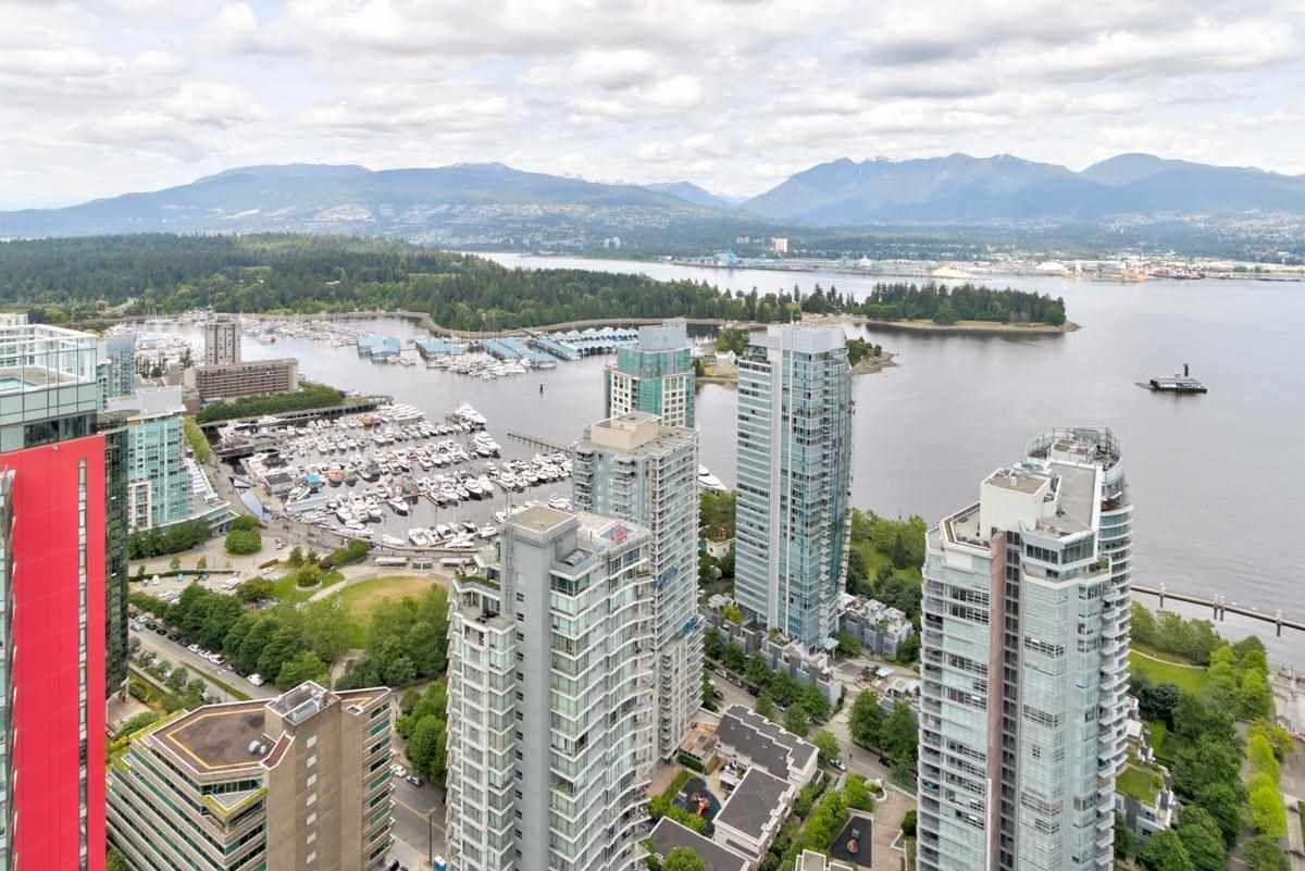 Main Photo: 4004 1189 MELVILLE Street in Vancouver: Coal Harbour Condo for sale (Vancouver West)  : MLS®# R2578036