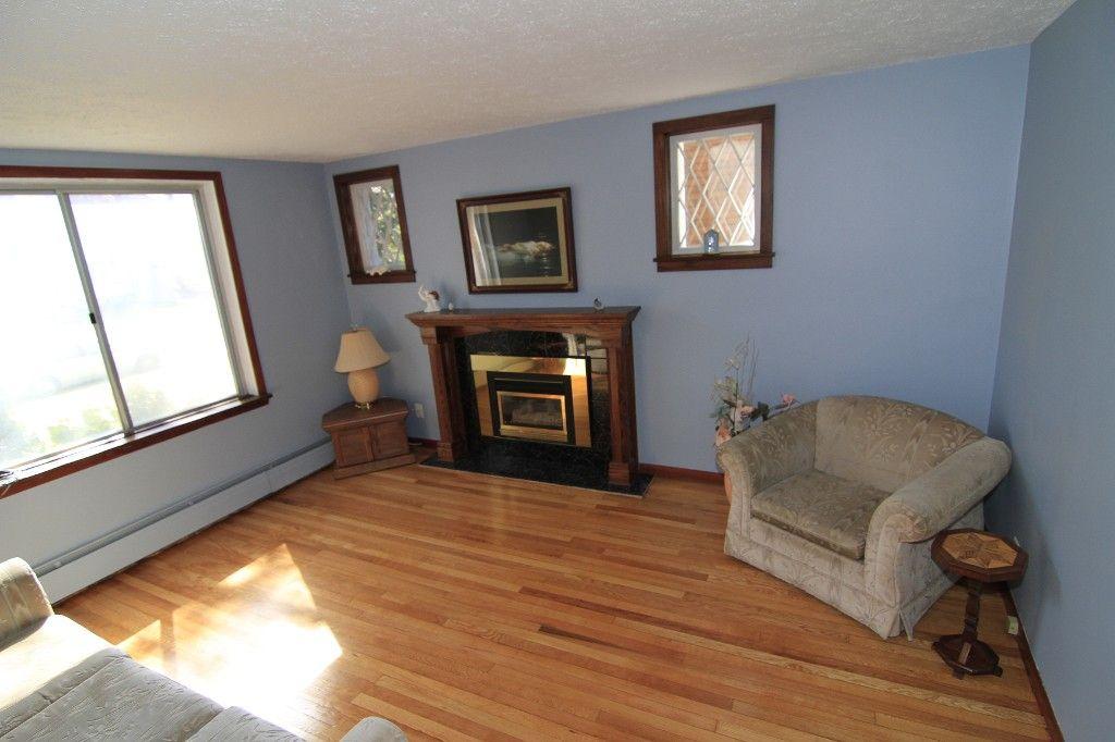 Photo 10: Photos: 118 Home Street in Winnipeg: Wolseley Duplex for sale (West Winnipeg)  : MLS®# 1308790