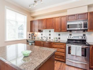 """Photo 8: 76 19932 70 Avenue in Langley: Willoughby Heights Townhouse for sale in """"Summerwood"""" : MLS®# R2380626"""