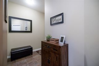 Photo 3: 303 2336 WHYTE AVENUE in Port Coquitlam: Central Pt Coquitlam Condo for sale : MLS®# R2138172