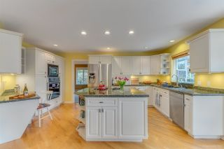 Photo 6: 260 ALPINE Drive: Anmore House for sale (Port Moody)  : MLS®# R2562585