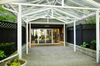 """Photo 1: 102 2885 SPRUCE Street in Vancouver: Fairview VW Condo for sale in """"Fairview Gardens"""" (Vancouver West)  : MLS®# R2267756"""
