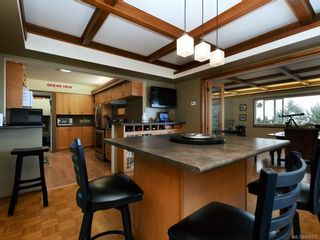 Photo 7: 303 Milburn Dr in : Co Lagoon House for sale (Colwood)  : MLS®# 854972