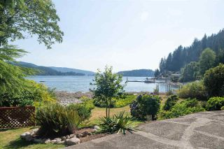 Photo 4: 5429 INDIAN RIVER Drive in North Vancouver: Woodlands-Sunshine-Cascade House for sale : MLS®# R2515076