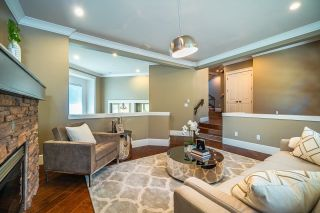 Photo 5: 673 SYLVAN Avenue in North Vancouver: Canyon Heights NV House for sale : MLS®# R2594723