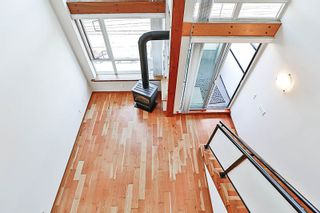 """Photo 11: 324 10 RENAISSANCE Square in New Westminster: Quay Condo for sale in """"MURANO LOFTS"""" : MLS®# R2186275"""