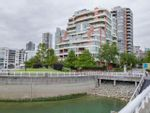 """Main Photo: 800 1675 HORNBY Street in Vancouver: Yaletown Condo for sale in """"SEAWALK SOUTH"""" (Vancouver West)  : MLS®# R2083569"""