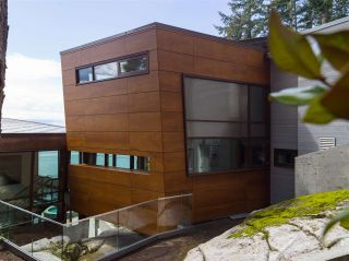 Photo 34: 3751 SUNSET Lane in West Vancouver: West Bay House for sale : MLS®# R2583246