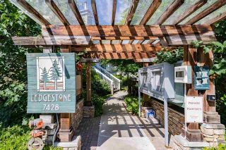 """Photo 3: 25 7428 SOUTHWYNDE Avenue in Burnaby: South Slope Townhouse for sale in """"LEDGESTONE"""" (Burnaby South)  : MLS®# R2590094"""