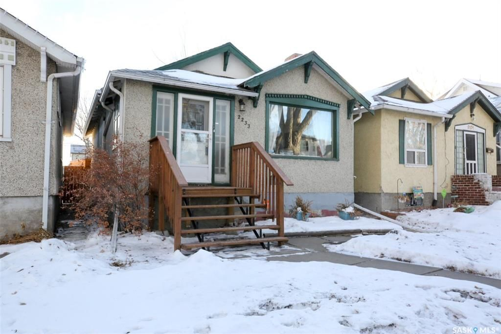 Main Photo: 2233 WINNIPEG Street in Regina: Broders Annex Residential for sale : MLS®# SK845042