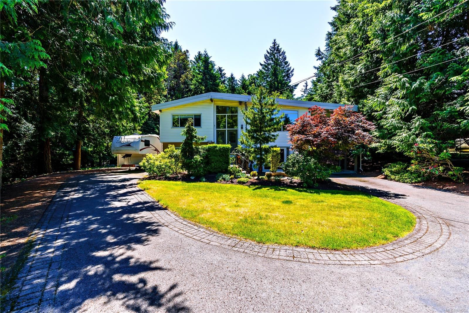 Main Photo: 3379 Opal Rd in : Na Uplands House for sale (Nanaimo)  : MLS®# 878294