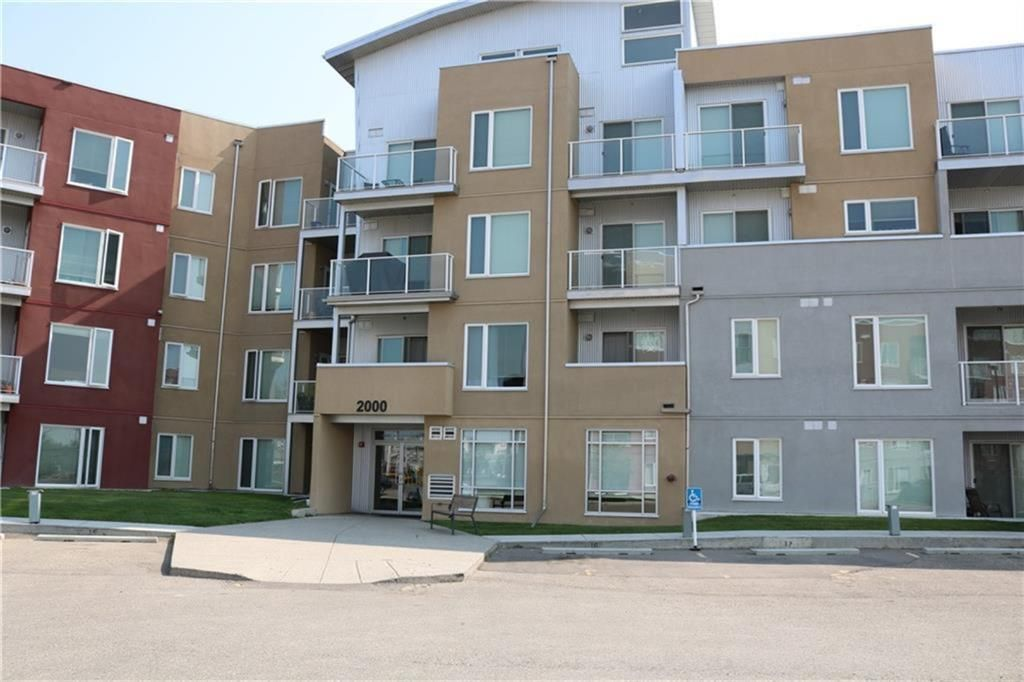Main Photo: 2414 604 EAST LAKE Boulevard NE: Airdrie Apartment for sale : MLS®# A1016505