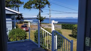 Photo 2: 2978 South Island Hwy in Campbell River: CR Willow Point House for sale : MLS®# 854168