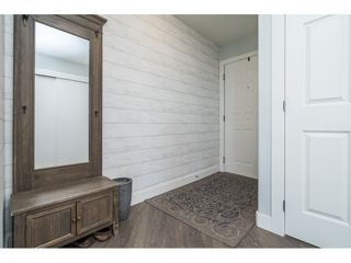 """Photo 5: 1105 33065 MILL LAKE Road in Abbotsford: Central Abbotsford Condo for sale in """"Summit Point"""" : MLS®# R2505069"""