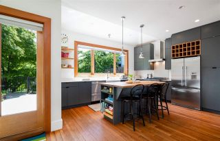"""Photo 10: 201 E 19TH Street in North Vancouver: Central Lonsdale House for sale in """"Finlay's Row"""" : MLS®# R2591250"""