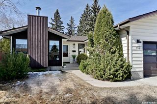 Photo 3: 318 OBrien Crescent in Saskatoon: Silverwood Heights Residential for sale : MLS®# SK847152