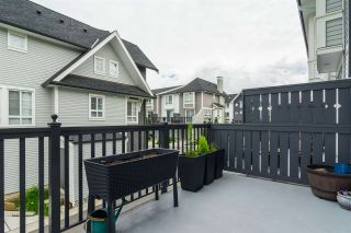 """Photo 12: 1 8476 207A Street in Langley: Willoughby Heights Townhouse for sale in """"York by Mosaic"""" : MLS®# R2285579"""