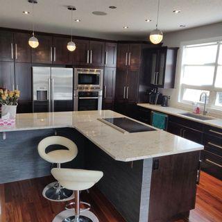 Photo 3: 9535 92 Street in Edmonton: Zone 18 House for sale : MLS®# E4240441