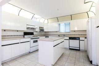 Photo 5: 6535 BROOKS STREET in Vancouver: Killarney VE House for sale (Vancouver East)  : MLS®# R2425986