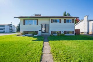 Photo 1: 801 WARREN Avenue in Prince George: Spruceland House for sale (PG City West (Zone 71))  : MLS®# R2622735