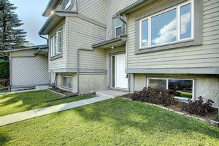 Photo 2: 18 12 TEMPLEWOOD Drive NE in Calgary: Temple Row/Townhouse for sale : MLS®# A1021832