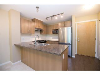 Photo 3: 511 3050 DAYANEE SPRINGS BL Boulevard in Coquitlam: Westwood Plateau Condo for sale : MLS®# V1124098