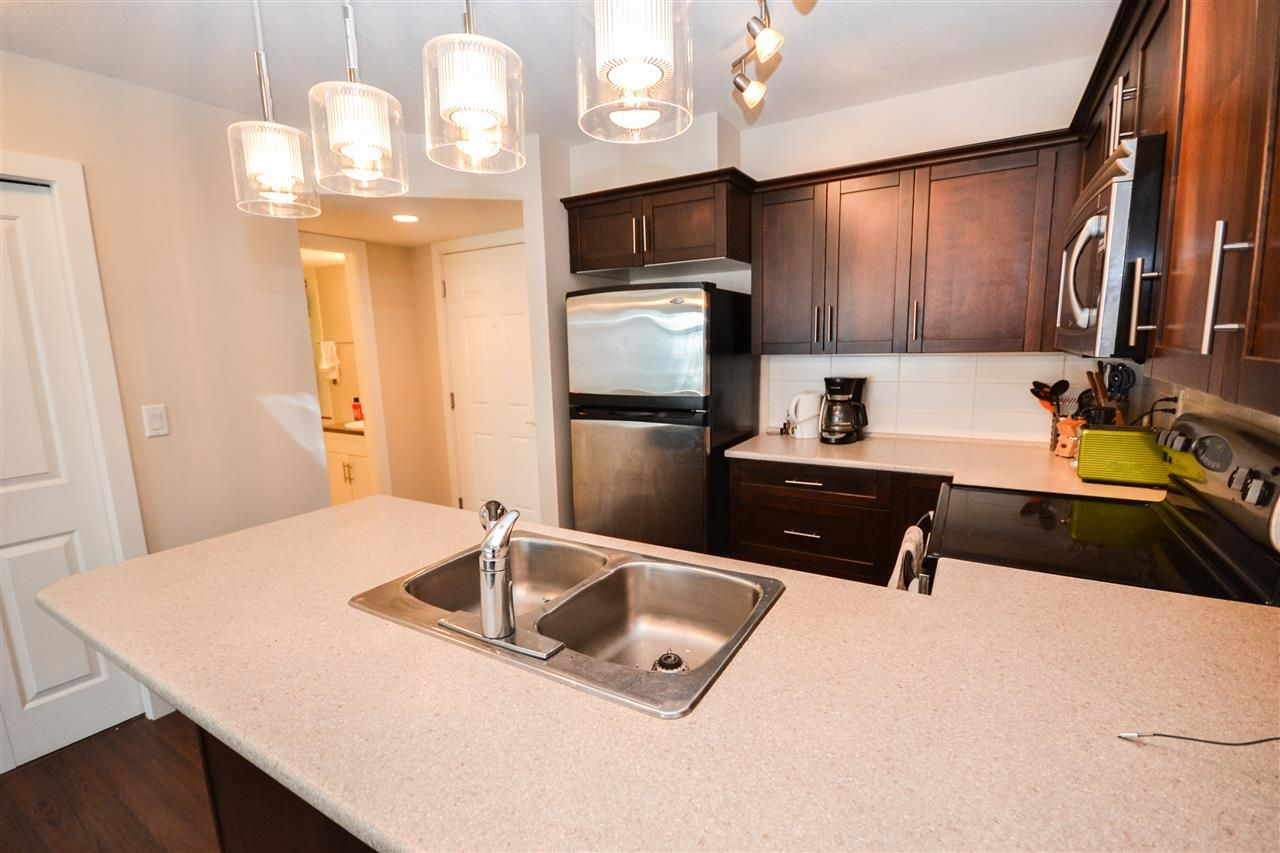 """Photo 4: Photos: 303 9422 VICTOR Street in Chilliwack: Chilliwack N Yale-Well Condo for sale in """"NEWMARK"""" : MLS®# R2279466"""