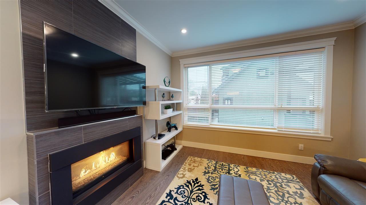 Photo 5: Photos: 3365 NAPIER Street in Vancouver: Renfrew VE House for sale (Vancouver East)  : MLS®# R2534997