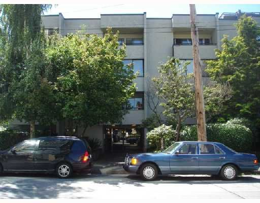 """Main Photo: 204 1830 ALBERNI Street in Vancouver: West End VW Condo for sale in """"GARDEN COURT"""" (Vancouver West)  : MLS®# V663574"""