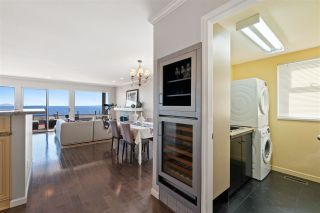 "Photo 16: 15414 VICTORIA Avenue: White Rock House for sale in ""White Rock"" (South Surrey White Rock)  : MLS®# R2568004"