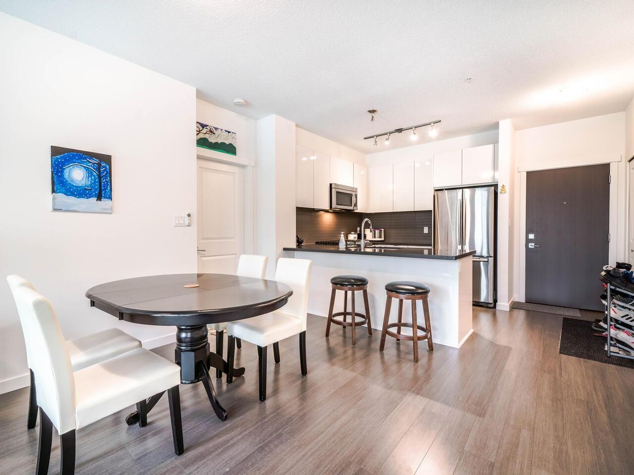 """Photo 8: Photos: 211 15168 33 Avenue in Surrey: Morgan Creek Condo for sale in """"ELGIN HOUSE"""" (South Surrey White Rock)  : MLS®# R2501383"""