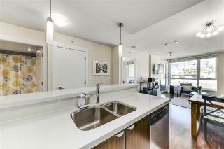 "Photo 9: 702 160 W 3RD Street in North Vancouver: Lower Lonsdale Condo for sale in ""ENVY"" : MLS®# R2542885"