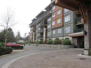 Photo 2: 422 623 Treanor Ave in VICTORIA: La Thetis Heights Condo for sale (Langford)  : MLS®# 748887
