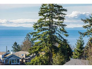 """Photo 22: 304 14824 NORTH BLUFF Road: White Rock Condo for sale in """"The BELAIRE"""" (South Surrey White Rock)  : MLS®# R2534399"""