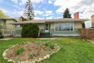 Photo 1: #A 1902 39 Avenue, in Vernon, BC: House for sale : MLS®# 10232759