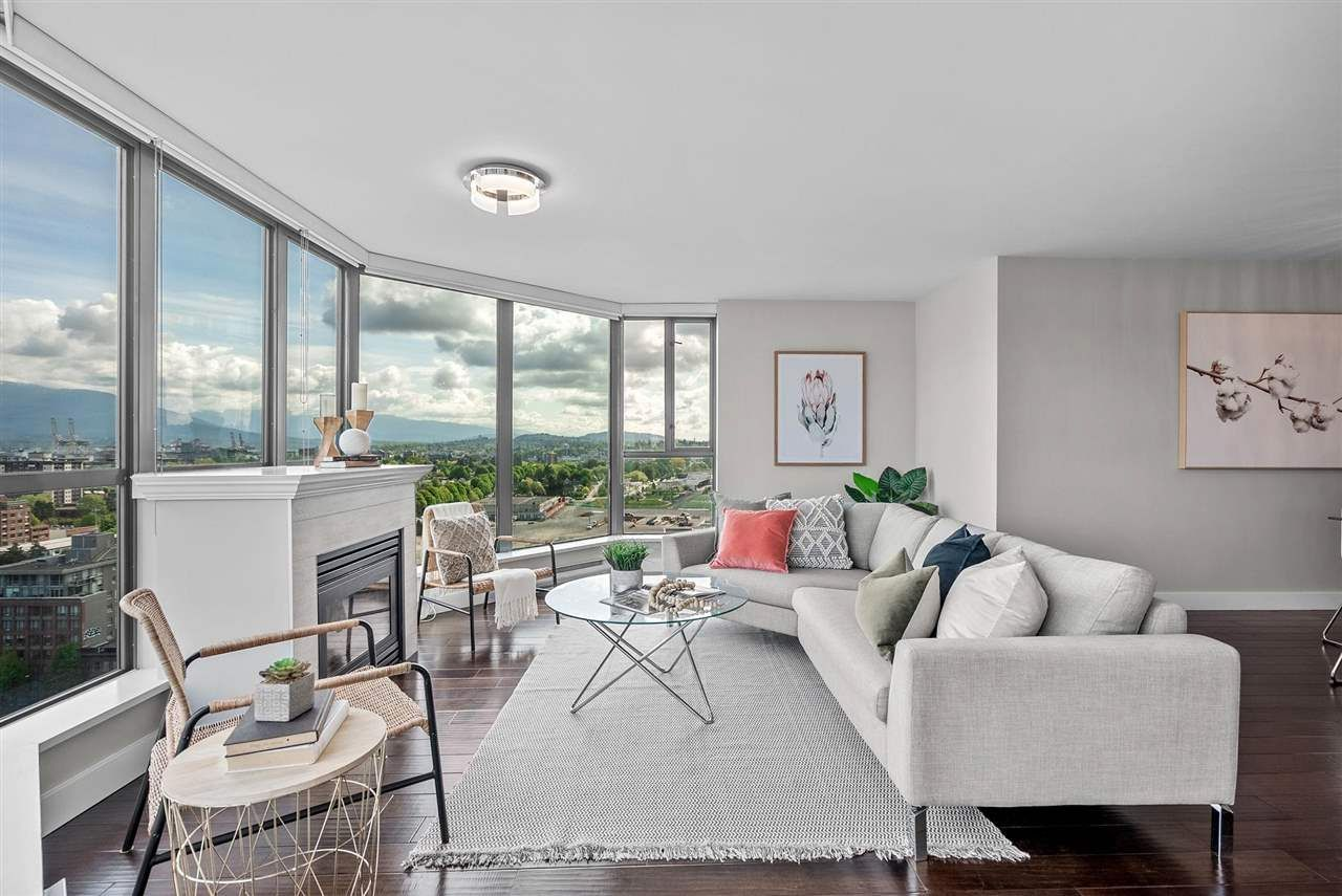 Main Photo: 1904 1088 QUEBEC STREET in Vancouver: Downtown VE Condo for sale (Vancouver East)  : MLS®# R2599478