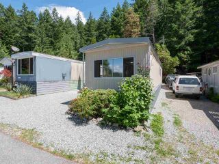 """Photo 18: 7 12248 SUNSHINE COAST Highway in Madeira Park: Pender Harbour Egmont Manufactured Home for sale in """"SEVEN ISLES"""" (Sunshine Coast)  : MLS®# R2604086"""