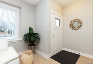 Photo 3: 1206 McLeod Pl in Langford: La Happy Valley House for sale : MLS®# 703306