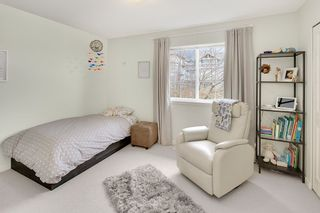 """Photo 18: 106 2200 PANORAMA Drive in Port Moody: Heritage Woods PM Townhouse for sale in """"QUEST"""" : MLS®# R2248826"""