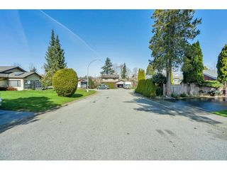 "Photo 2: 5038 200B Street in Langley: Langley City House for sale in ""Mountain View Estate"" : MLS®# R2559536"